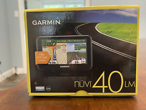 Garmin Nuvi 40LM 4.3-inch Portable GPS  Bundle With Car Mount & Power Cable
