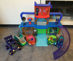 PJ MASKS HEADQUARTERS PLAY SET WITH LIGHTS SOUNDS &  FIGURES WITH VEHICLES L@@K
