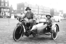 Ozx-33 Motor Cycle And Sidecar, Lady Riders, Torbay Registration, XF.1786. Photo
