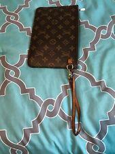 Authentic Louis Vuitton Pochette Wrislet Monogram Neverfull Tan
