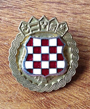 CROATIA ARMY - HV   ZNG - SOLDIER CAP BADGE FROM 1991-1995  enamel badge type 1