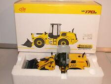 NZG No 819 New Holland W 170B Loading shovel New