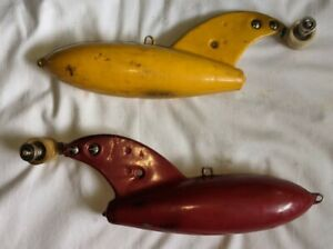2 FINNED Yellow Red 7 Lb. Rubber Coated DOWNRIGGER Trolling WEIGHTS w/ RELEASES