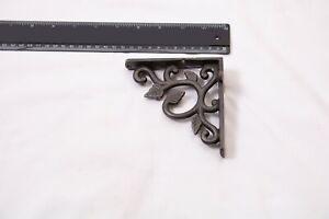 Victorian Style Cast Iron Shelf Bracket 'Ornate Leaf'