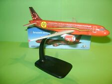 AIRBUS A 320 ECH 1/200 LES DIABLES ROUGES