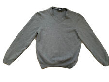 HUGO BOSS GREY V.NECK JUMPER IN PURE WOOL WITH EMBLEM ON LEFT SIDE - SMALL