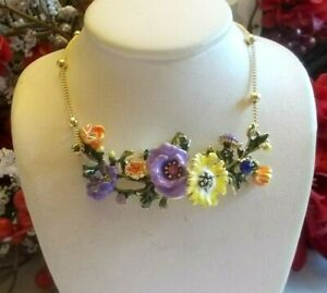 BETSEY JOHNSON DAINTY PETITE MULTI COLOR FLORAL VINE FRONTAL CHAIN NECKLACE