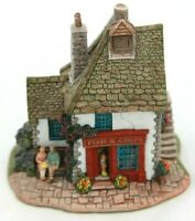 Lilliput Lane Fry Days L2023 complete with Deeds