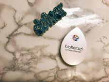 1 blotterazzi by Beauty blender (1 single sponge + plastic travel case)