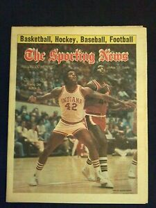 January 31 1976 Sporting News Magazine  Scott May  Indiana  NCAA