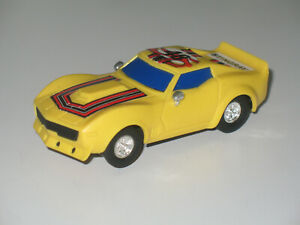 RADIO SHACK CORVETTE STINGRAY 1/32 SLOT CAR