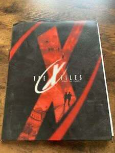 X-FILES FIGHT THE FUTURE press kit Folder, 6 photos and Booklet only