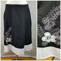 Van Heusen Skirt Black White Floral Embroidery Size 10 knee length linen career