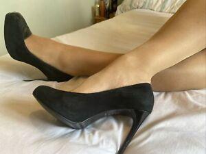 Bertie Black Leather And Suede Classic Stilettos, Size 6 EUR 39