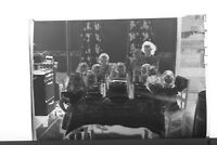 (1) B&W Press Photo Negative Woman Eleven Children Table Pie Plates Range T4382