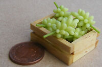 1:12 Scale Crate Of 6 Green Grapes Bunches Dolls House Miniature Fruit Accessory