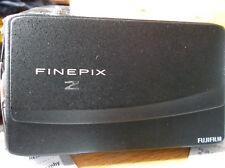 """FUJIFILM FINEPIX Z900 EXR 16MP 3.5"""" Pantalla Táctil En Muy Buen Estado"""