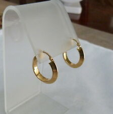 18K YELLOW GOLD ITALY PUFFED SNAP BACK CLOSURE HOOP EARRINGS 2.1 GRAMS