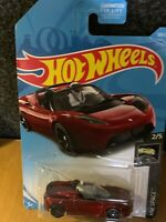 HOT WHEELS TESLA ROADSTER WITH STARMAN HW SPACE  NEW