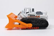 2006 Matchbox #32 Bulldozer WHITE / CITY OF MBX BULLDOZER / MINT
