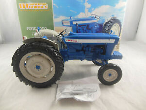 Universal Hobbies UH2705 1964 Ford 5000 6X Tractor in Blue 1:16 Scale
