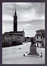 AZZANO DECIMO PORDENONE CARTOLINA PIAZZA E MONUMENTO AI CADUTI FG VG 1958