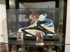 Shaquille O'neal Autographed Shoes(Lakers)(Heat)(Cleveland)(suns)(Boston)(Magic)