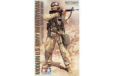 1:16 TAMIYA KIT MODERN U S ARMY INFANTRYMAN DESERT UNIFORM 36308
