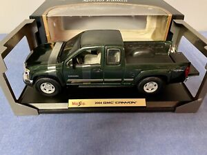 MAISTO 1/18 Diecast SPECIAL EDITION 2004 GREEN GMC CANYON PICKUP TRUCK