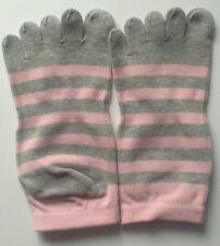 Paire de chaussettes à doigts basse rose/gris