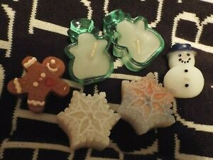 Small glass and floating Christmas candles