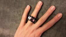 Fashion Plastic Ring with Flowers