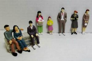Hand Painted Scale Model Figures 1:32 Scale 8 Pieces in 8 Different Poses