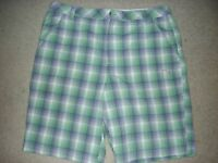 Men's PUMA Golf Dri Fit Green Dry Cell Plaid Flat Front Shorts Size 36