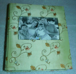 Photo Album 4x6 MYX Make Your Mark Embroidered Floral Cover Butterfly Pale Green