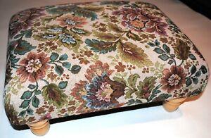 Traditional Résistante Floral Tapestry faible Repose-pieds en bois massif tourné pieds