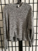 ✅Divided By H&M | Gray & Black  Long Sleeve Top Sweater Size Large