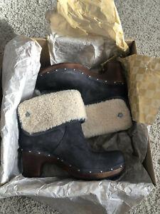 UGG Australia Lynnea Charcoal Leather Clog Boots - Womens Size 10