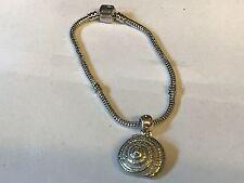 Concha De Mar TG129 en una pulsera serpiente plata rodio plateado