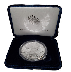End of World War II 75th Anniversary American Eagle Silver Proof Coin 1 Ounce