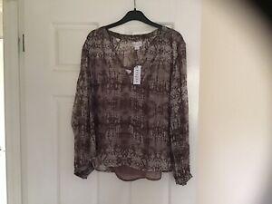 Velvet By Graham & Spencer Top, Metallic Thread Detail, Detachable Vest, Size S
