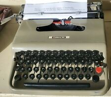 VINTAGE OLIVETTI LETTERA 22 TYPEWRITER MADE IN GLASGOW W/ CASE & COVER WORKS!