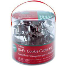 Wilton Holiday Cookie Cutter Set 18 pc Metal #2308-1132 Christmas Baking +Recipe