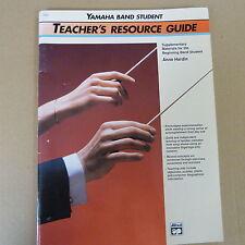 Guía de recursos de profesores de Libros Anne Hardin, estudiante de banda de Yamaha