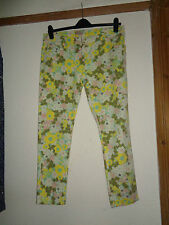 LADIES MATALAN LEMON AND GREEN FLORAL PRINT SLIM FIT SUMMER JEANS SIZE 16