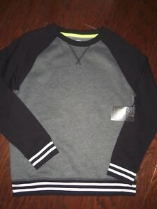 NWT ATHLETIC WORKS BLACK/GRAY CREW NECK FLEECE TOP: SIZE: 10/12