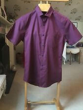TOPMAN MENS SHORT SLEEVED SHIRT. SMALL. MAROON. VGC.