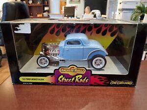 1934 Ford Newstalgia Street Rod Blue 1:18 American Muscle ERTL DieCast MIB