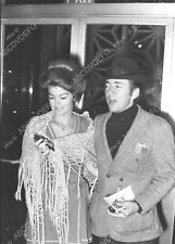 8b20-13830 Bobby Darin out with date 8b20-13830
