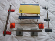 Fingerboard accessories: ramps x 4 + picnic table.